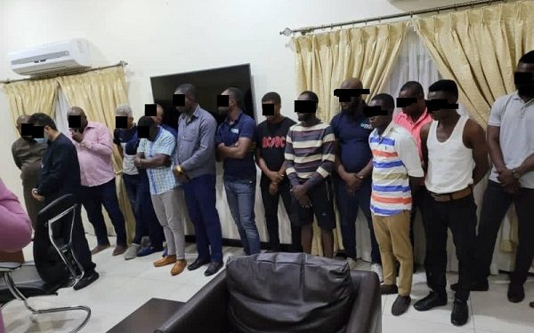 13-member gang arrested with over $5 million fake currency at Airport